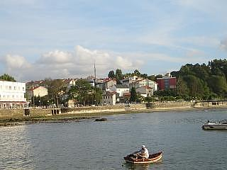 This is the town of Santa Cruz as seen from the old harbour